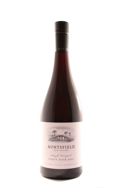 Auntsfield-Single-Vineyard-Pinot-Noir-Marlborough-New-Zealand-2011